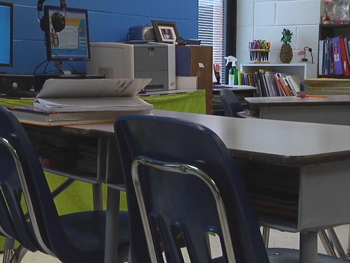 Retired teachers ask lawmakers for bonus