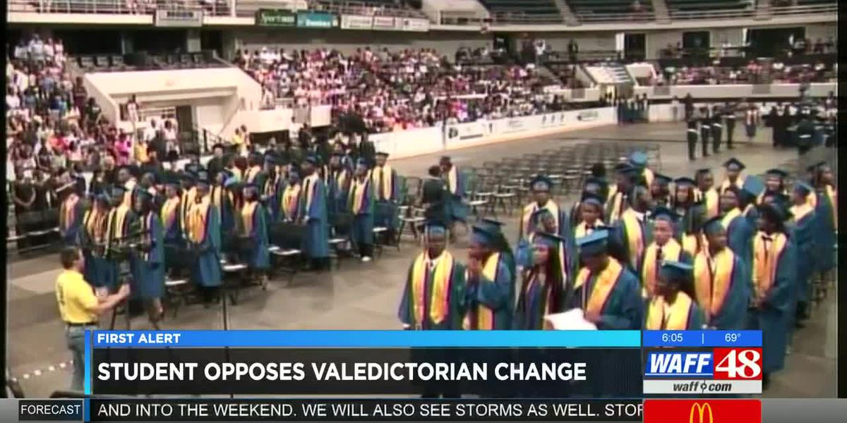 Student opposes board's decision to remove valedictorian honors at graduations