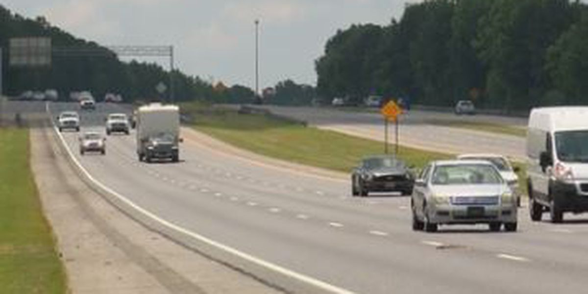 Bill to restrict left-lane driving heads to governor's desk