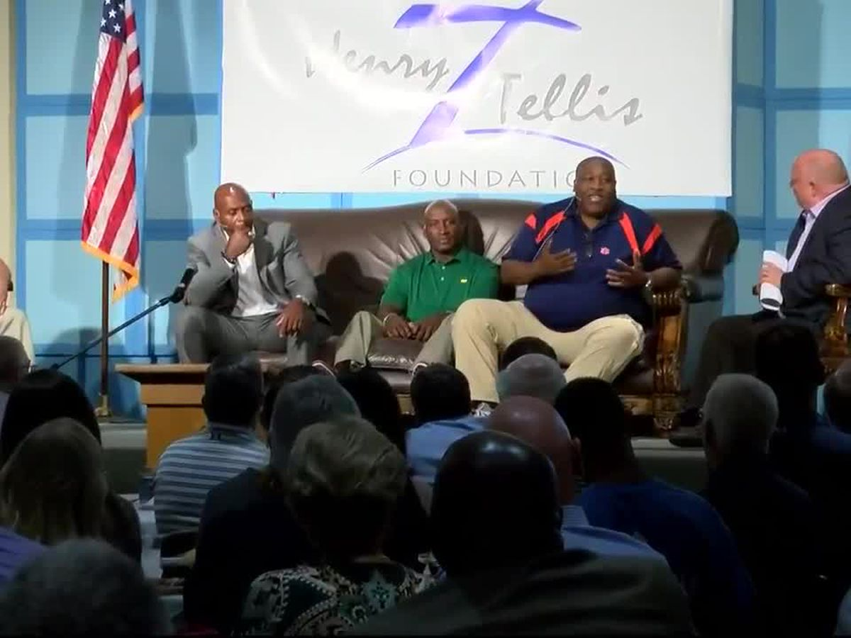 4 Auburn football legends reunited for good cause