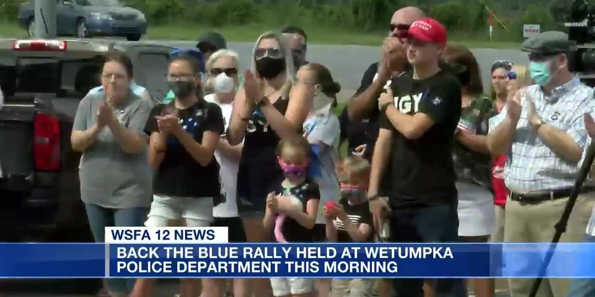 Back the Blue rally held at Wetumpka Police Department