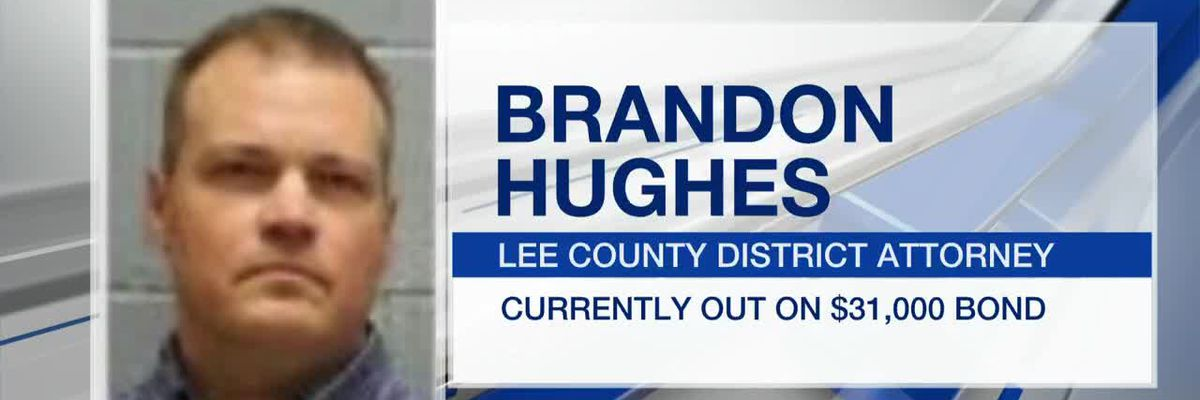 Lee County DA indicted on ethics violation charges