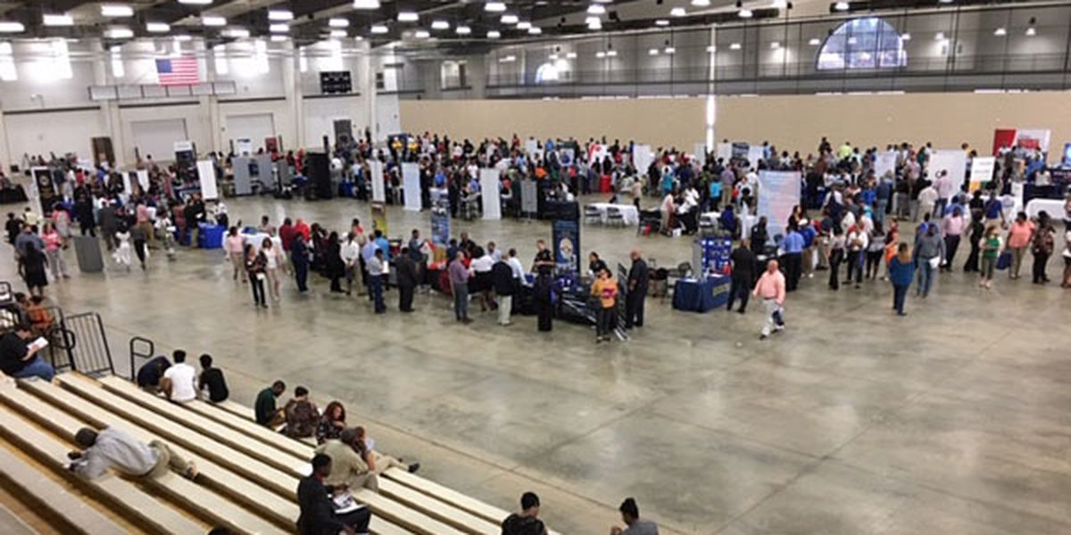 1,400 turn out for Montgomery Regional Job Fair
