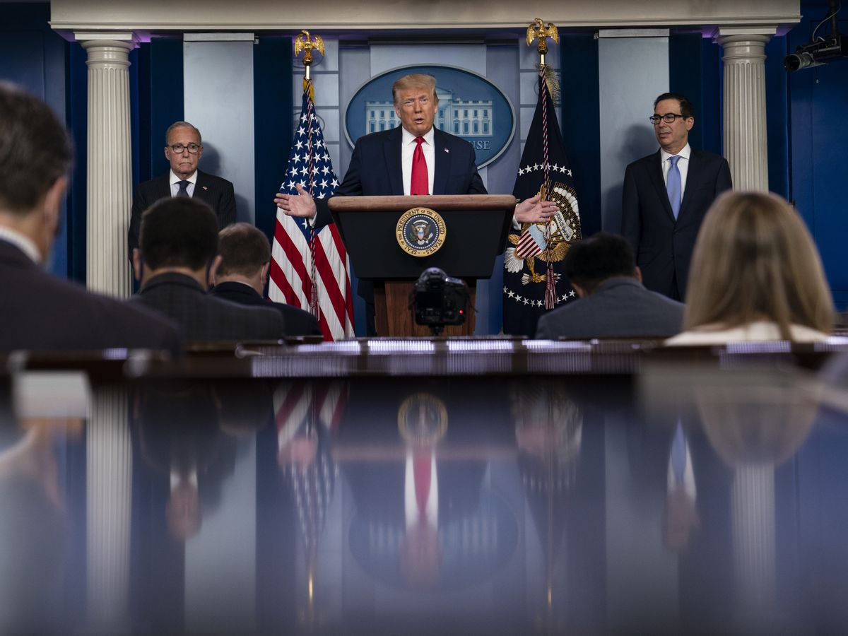 Trump signs extension of COVID-relief fund for businesses