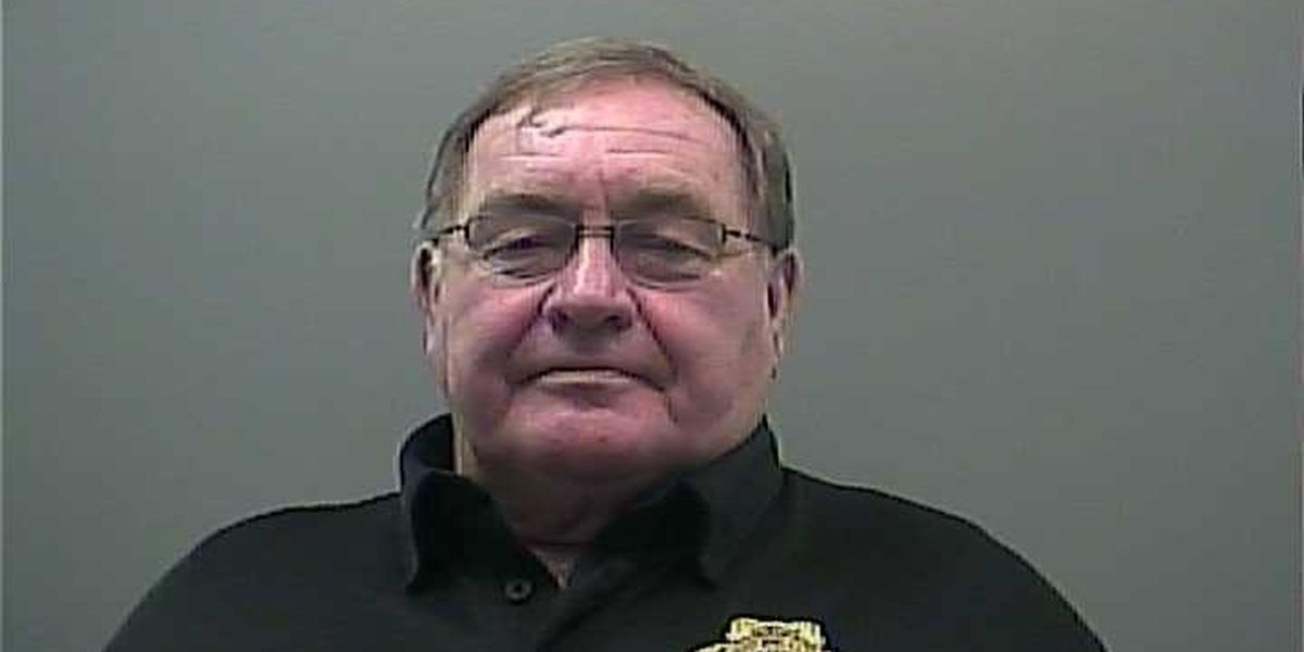 Limestone County Sheriff indicted on theft and ethics charges