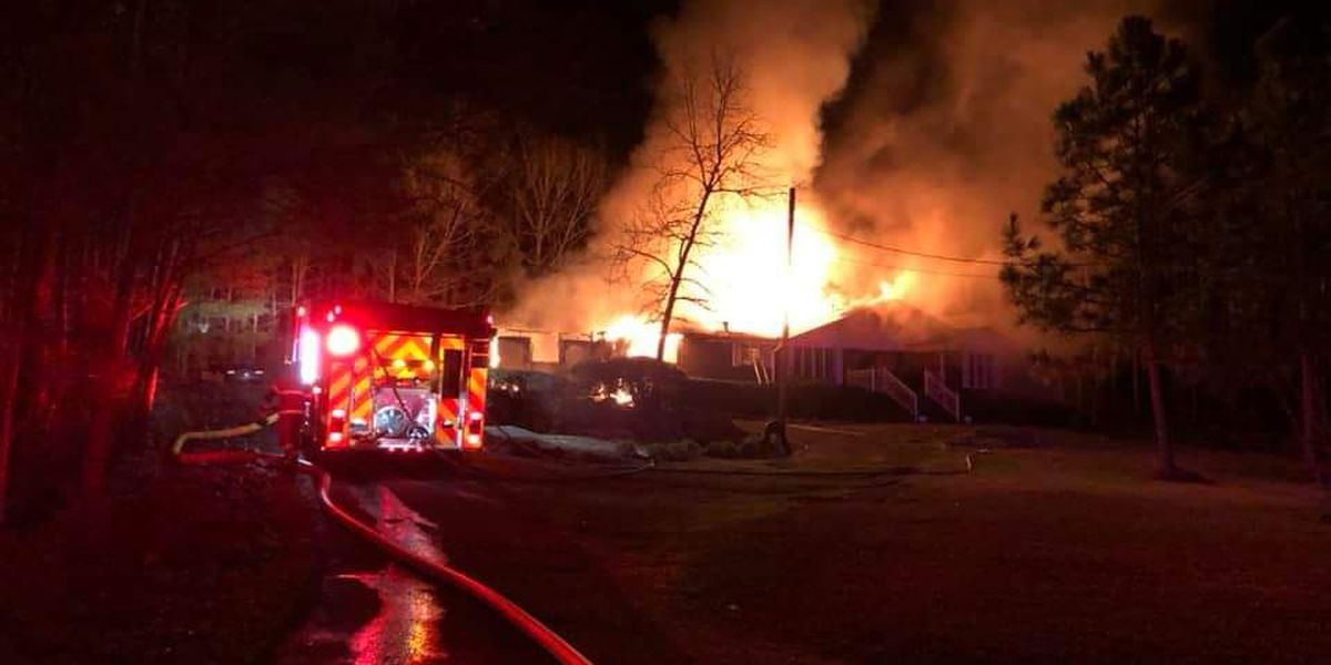 Firefighters battle blaze at Alexander City home