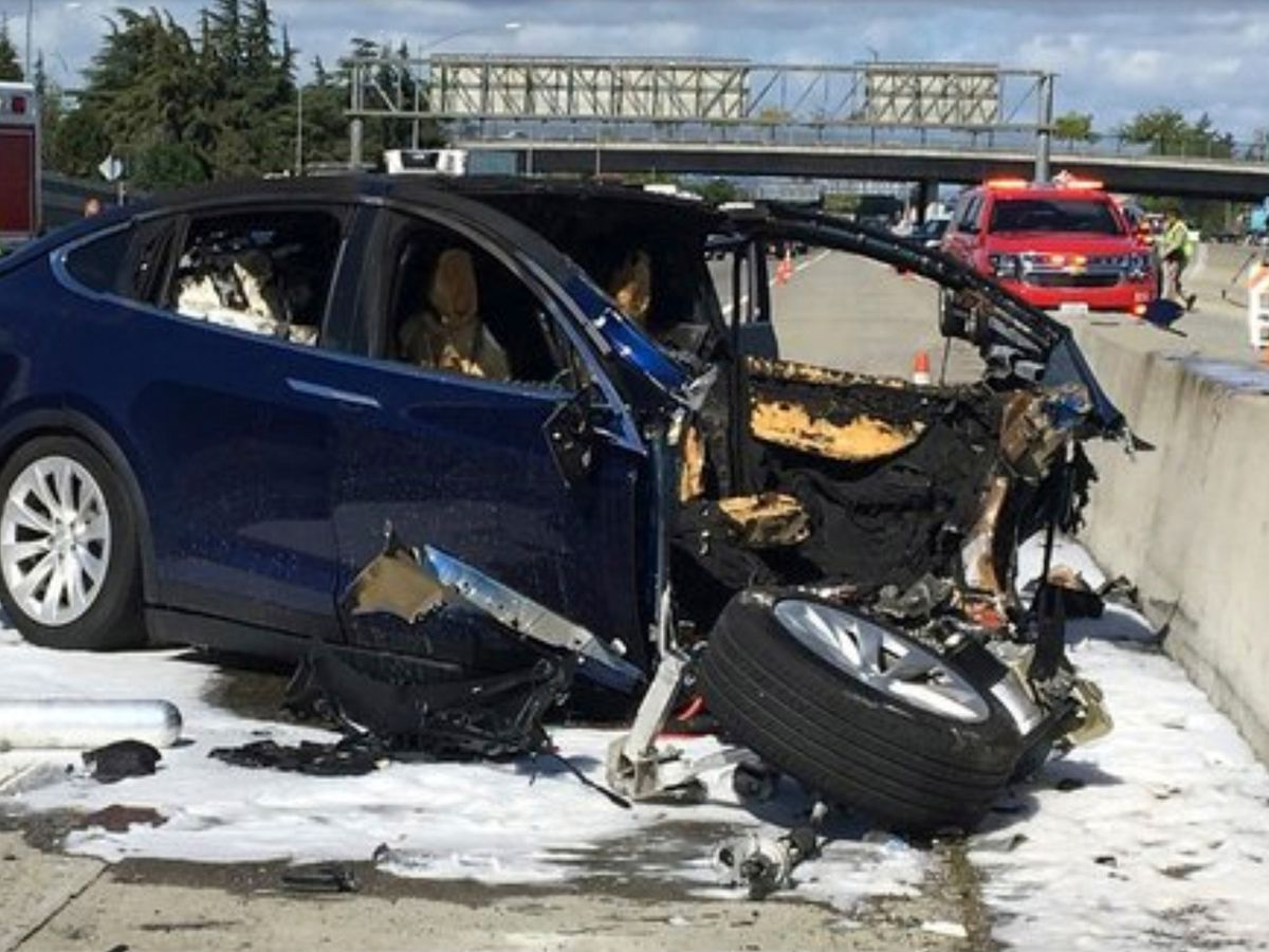NTSB: Driver in fatal Tesla crash was playing video game