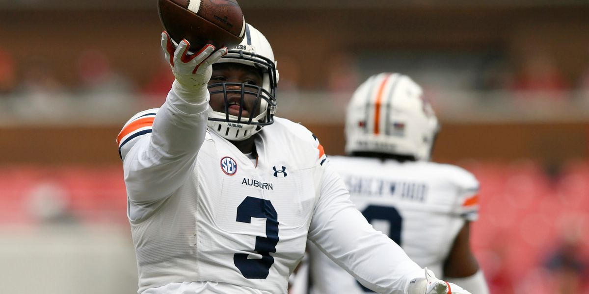 No. 11 Auburn pounces Hogs