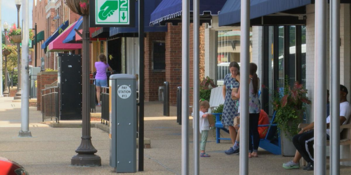 Auburn businesses prepare for students' return