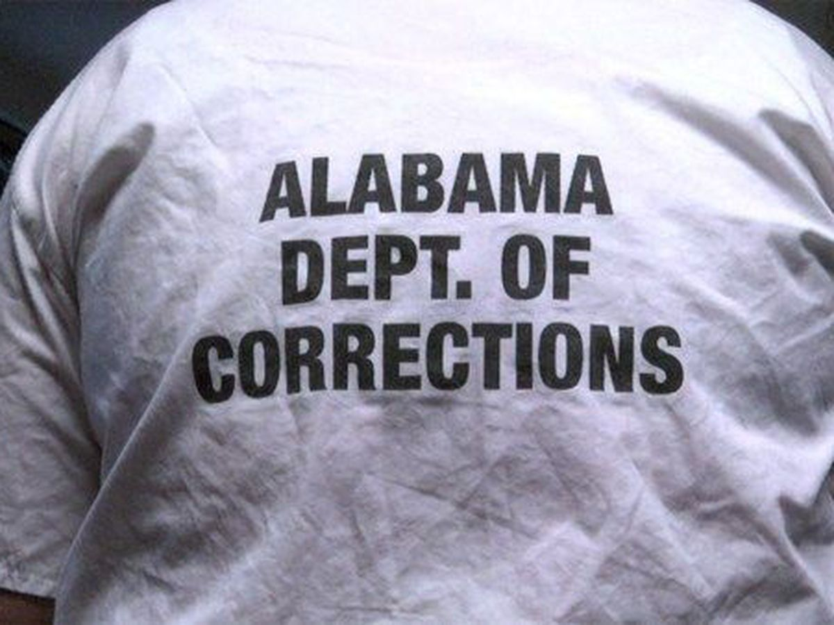 Lawyers: Prison system in contempt of staffing order