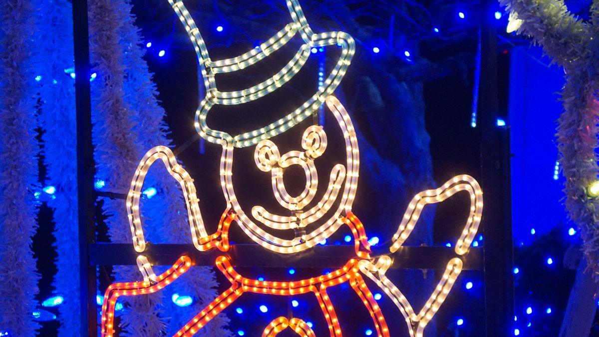 Parades, tree lightings help River Region celebrate Christmas