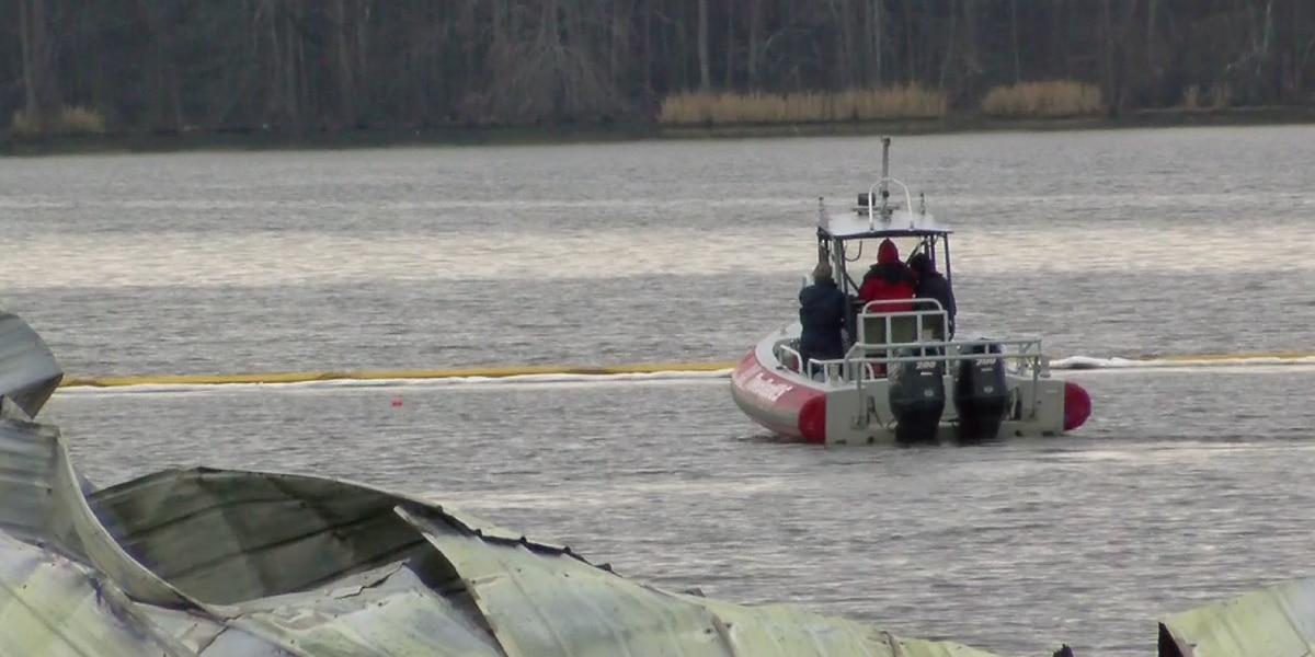 Sunken boat that may explain deadly northeast Alabama marina fire has been found