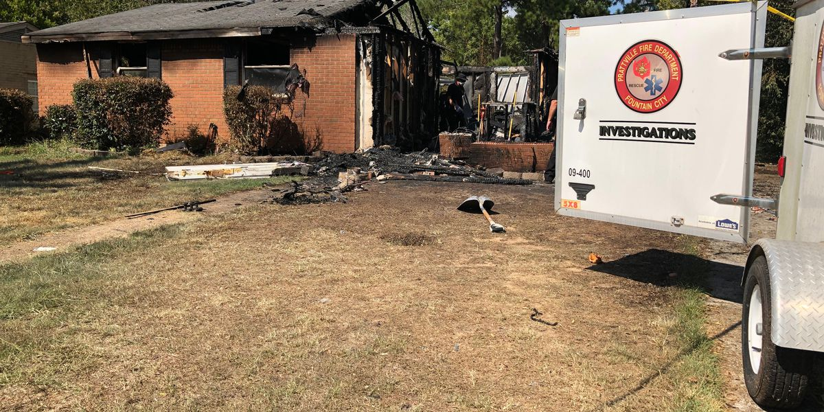 Flames engulf Prattville home early Monday morning