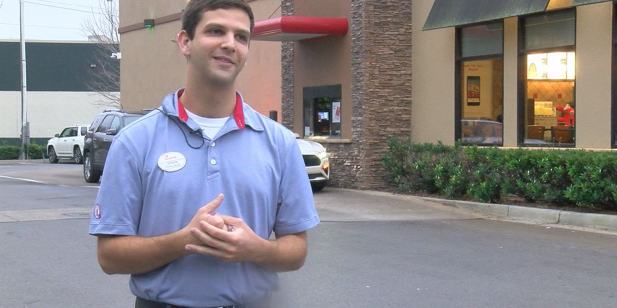 North Alabama Chick-fil-A employee serves up kindness during weekend storms