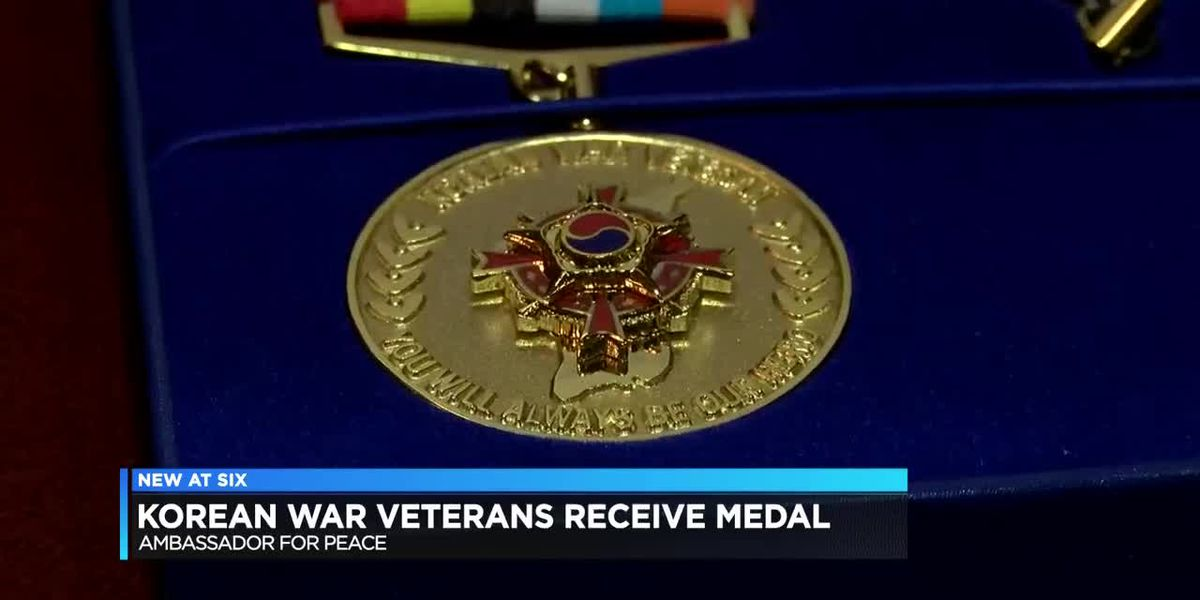 Korean War Veterans receive Ambassador for Peace Medal