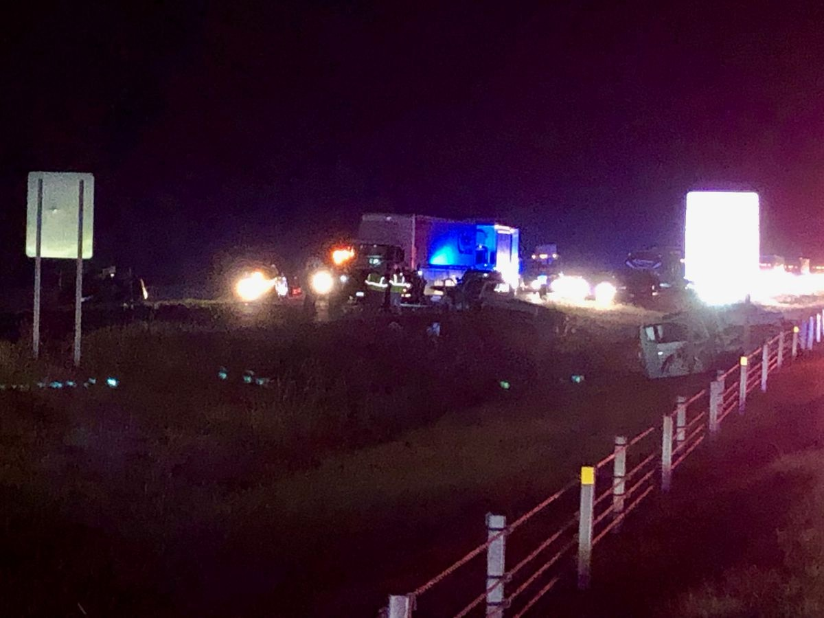 1 confirmed fatality in I-65 NB multi-vehicle crash near Selma HWY