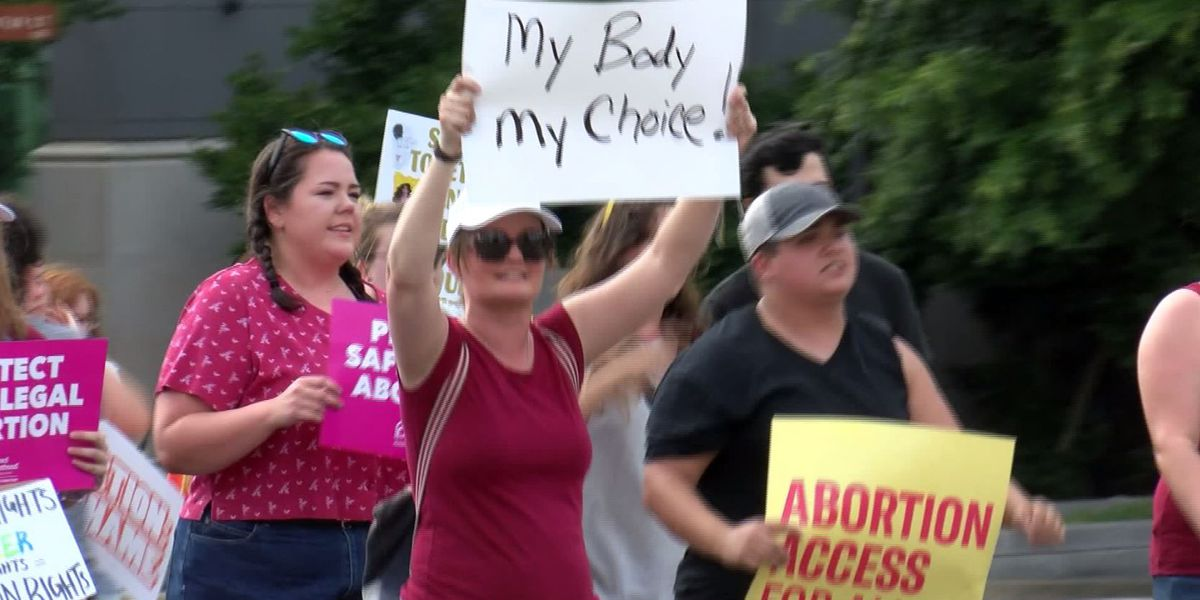 Protesters rally against Alabama's new abortion law