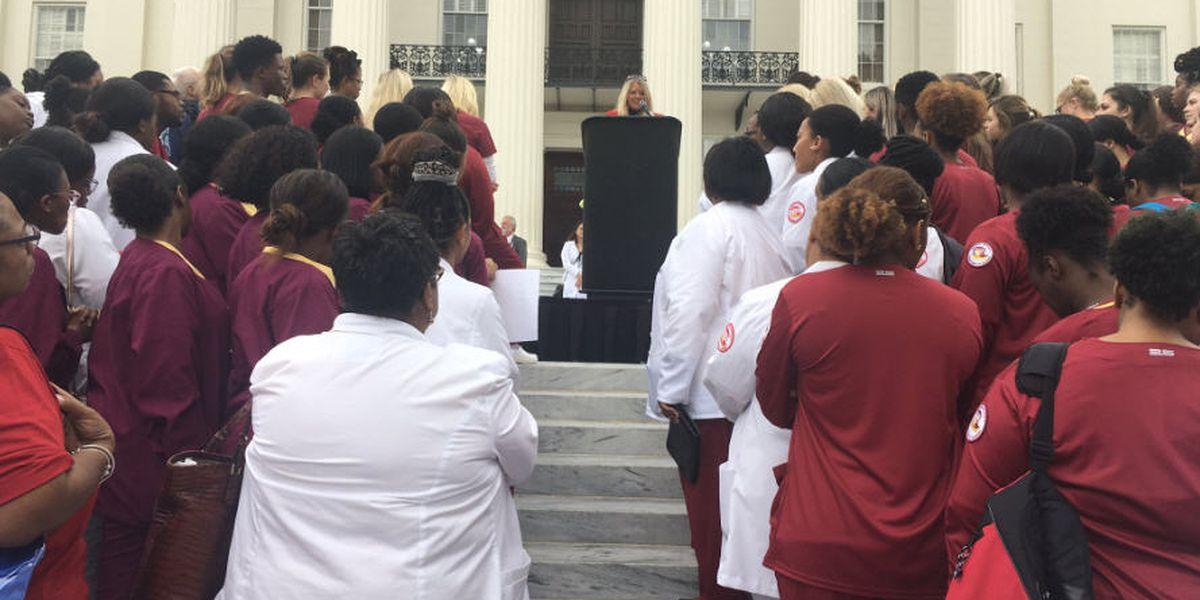 Nurses rally at Alabama Capitol
