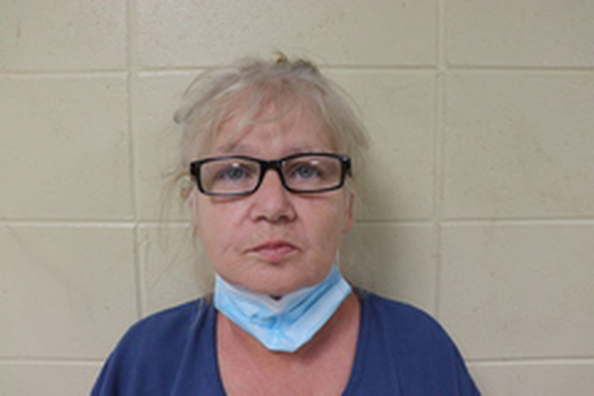 Oregon woman charged with exploiting elderly in Alabama