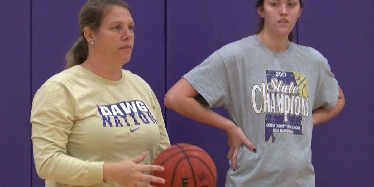 Mom and daughter duo lead Geneva County on the court