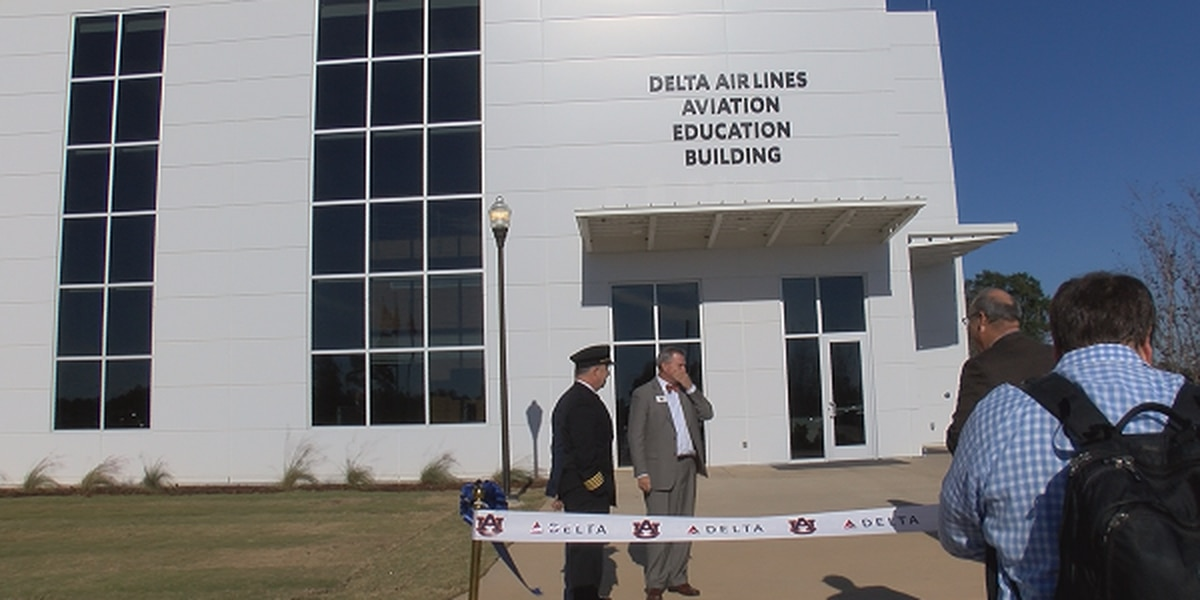 Auburn, Delta celebrate partnership with new facility