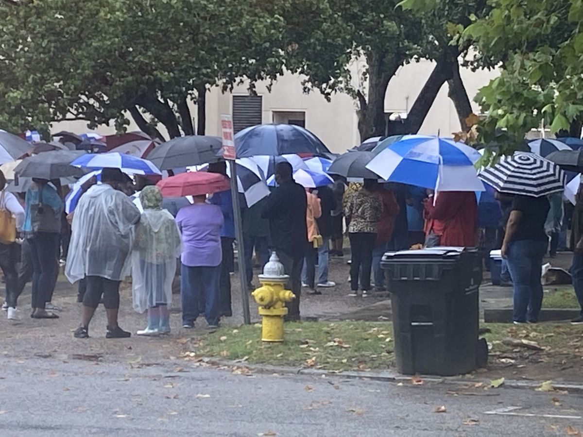 Voters line up to deliver absentee ballots in Montgomery