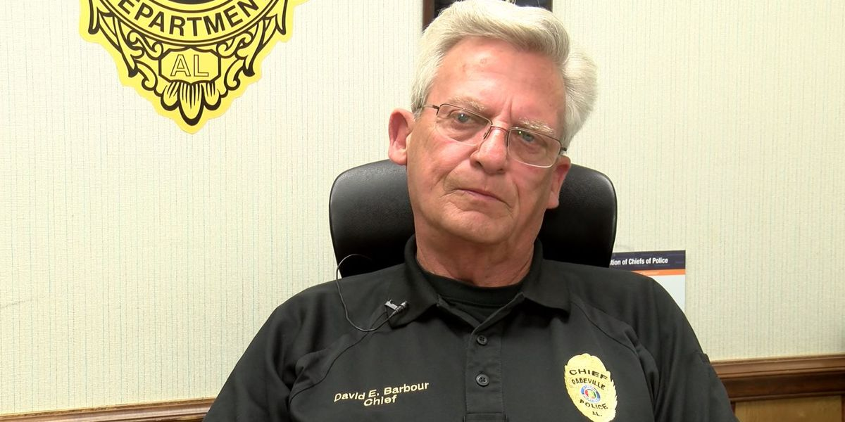 Dadeville police chief to retire at the end of the month