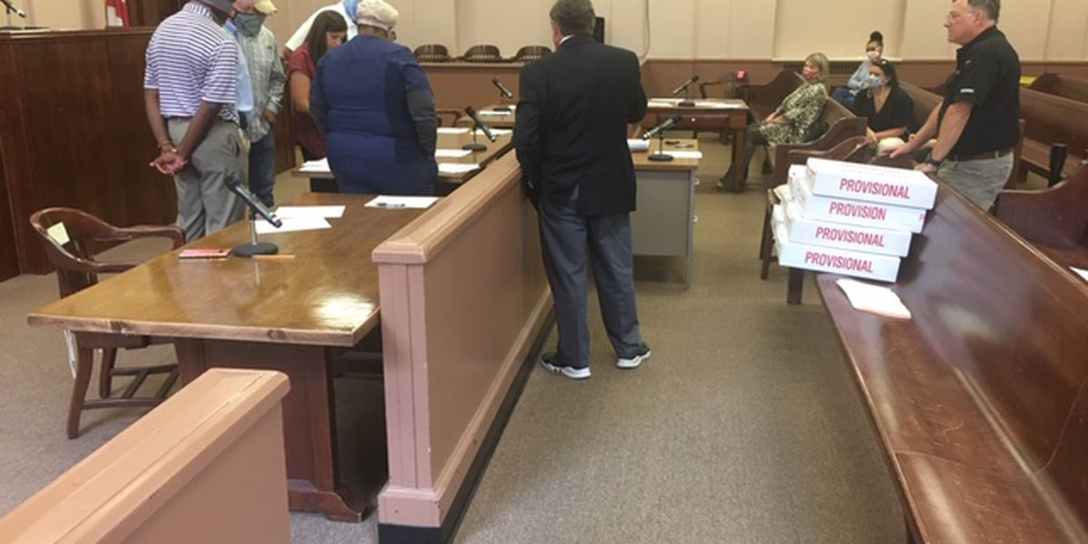 Alex City mayoral candidates get more votes during certification
