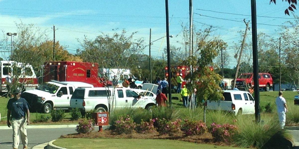 Charges pending in crash that killed 1, injured 2 on Atlanta Highway