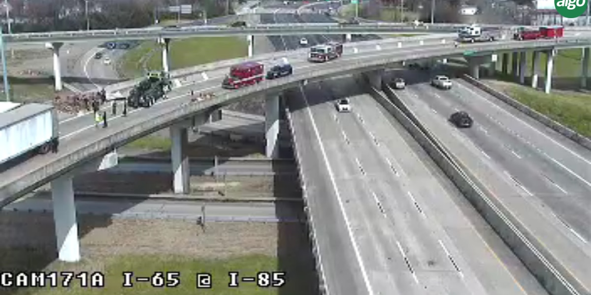 Crash cleared on I-85 SB ramp to I-65 in Montgomery