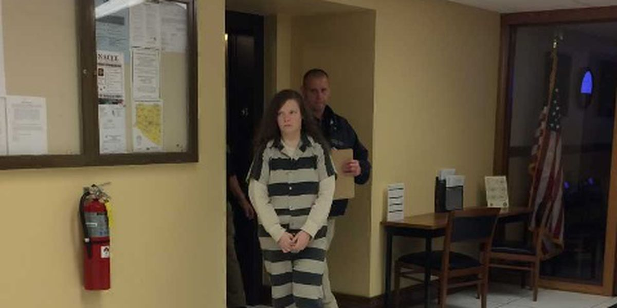 Limestone County mom sentenced to 40 years for scalding kids in bathtub
