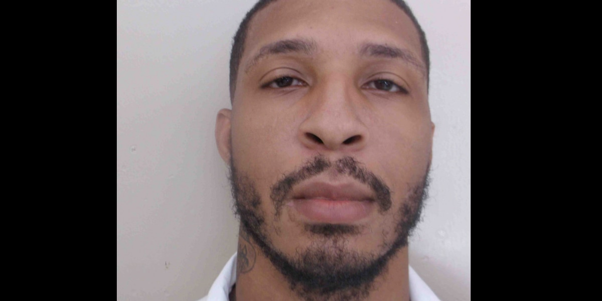 Authorities searching for escaped inmate from Mobile