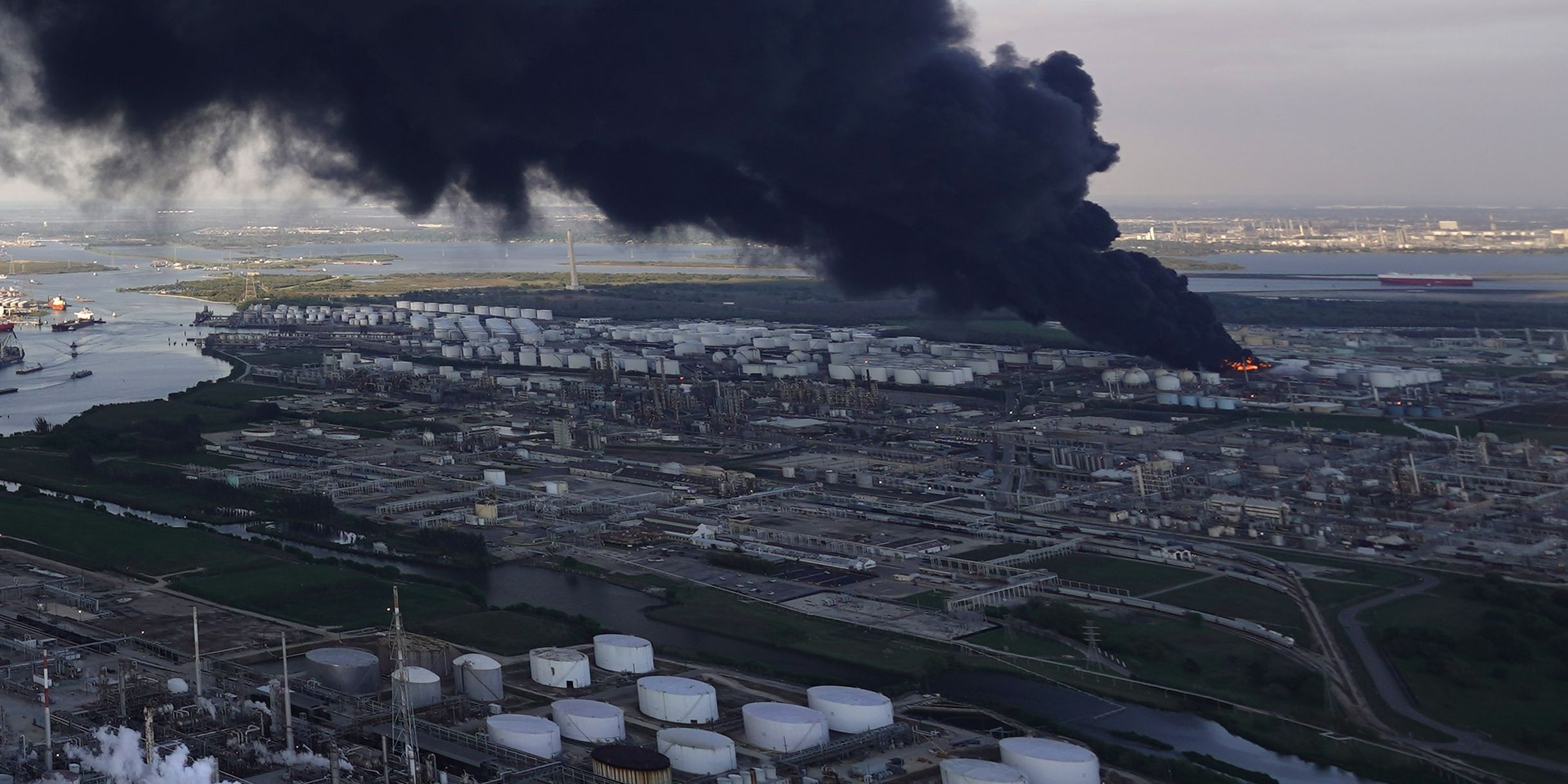 Officials: Air is safe near newly extinguished Houston-area petrochemical fire