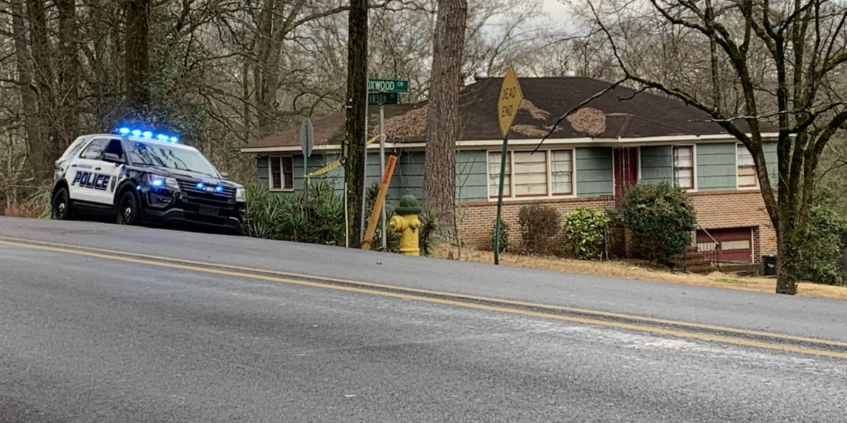 Birmingham PD: 2-year-old shot, suspects still at large