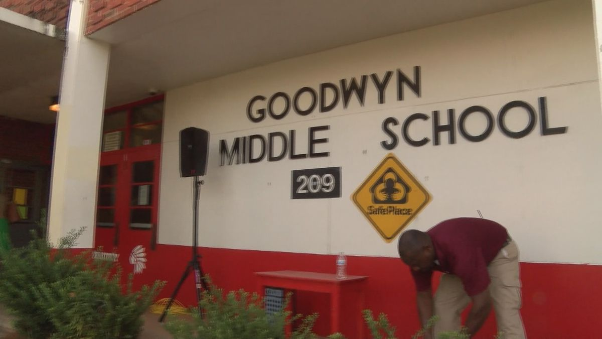 Montgomery school parents concerned about certified teacher shortage