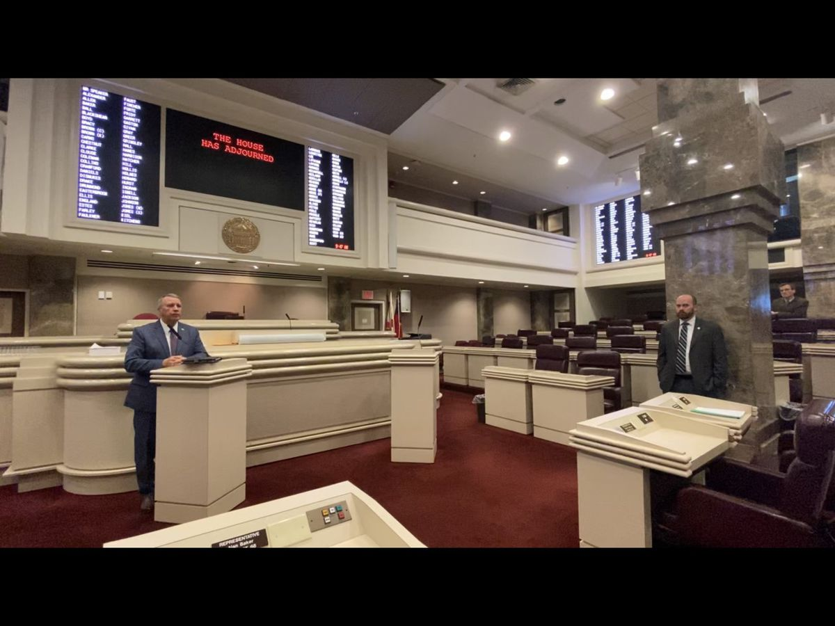 House lawmakers leave chamber empty amid COVID-19 pandemic