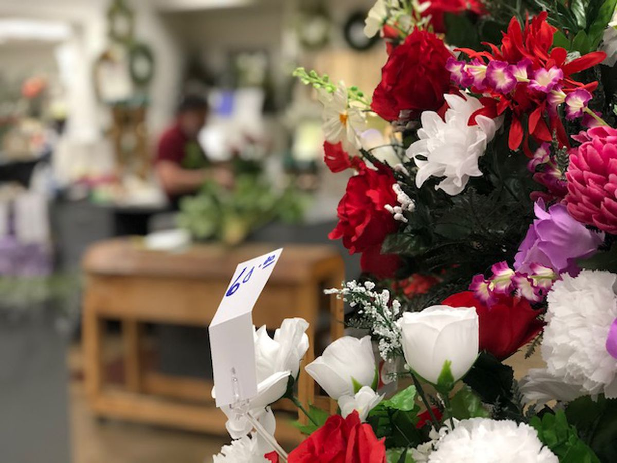County Road 12: Gearing up for Valentine's Day flower frenzy