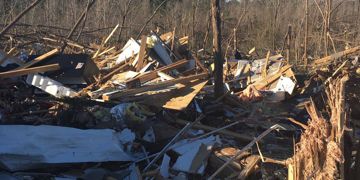 Neighbors rescue couple trapped under debris from tornado