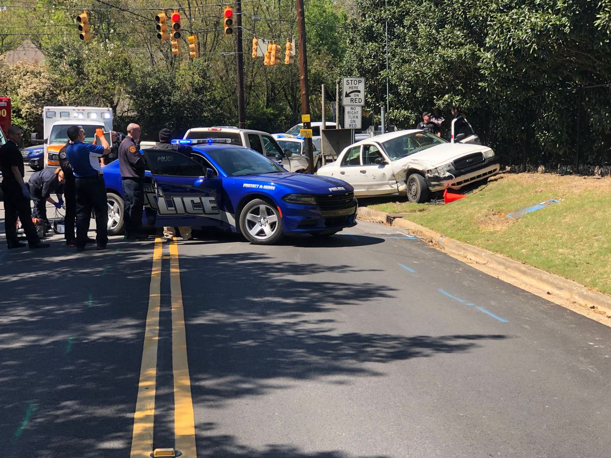 Car in police chase crashes in Montgomery