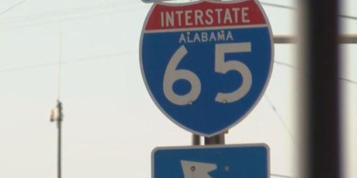 Traffic build up on I-65 N near Greenville due to overturned 18-wheeler