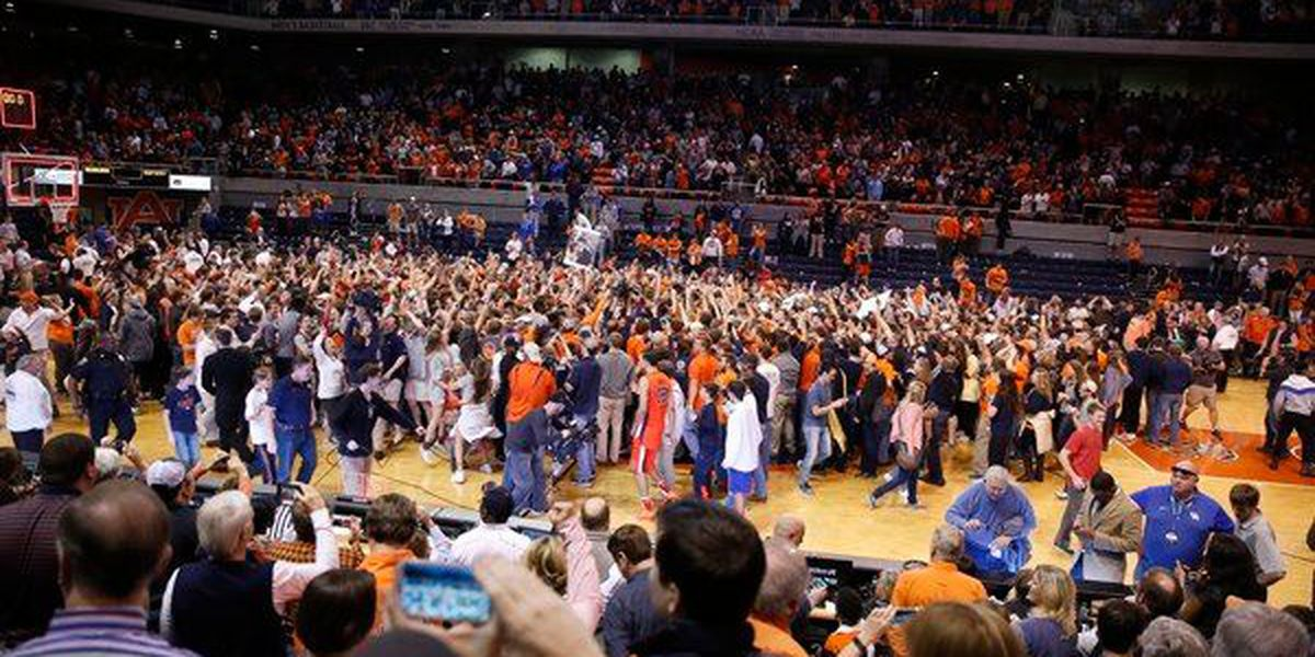 Auburn fined $100K for fans storming the court after win over Kentucky
