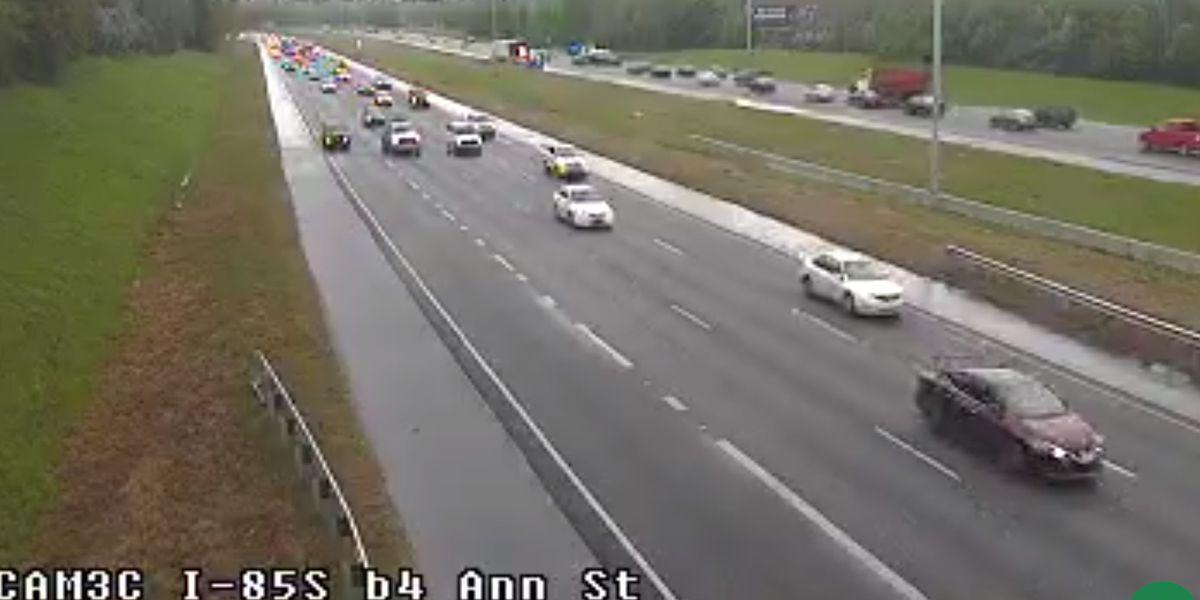 Lanes clear on I-85 NB near Ann Street after crash