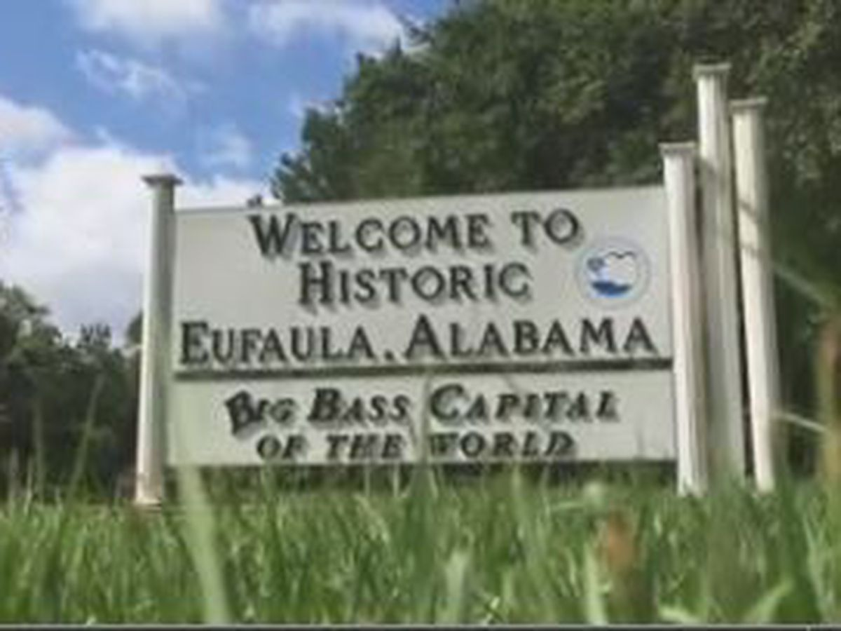 New businesses in Eufaula hiring
