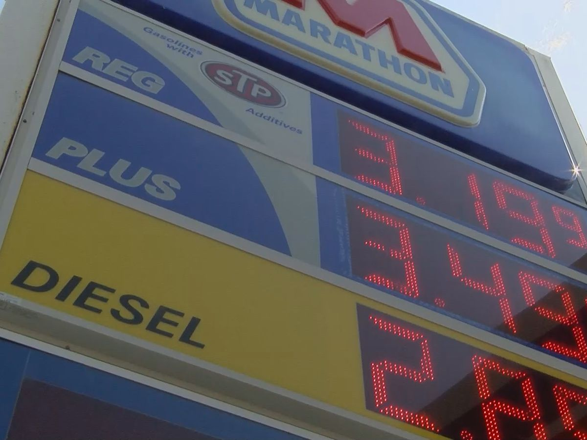 Gas averages top $3 for first time since 2014