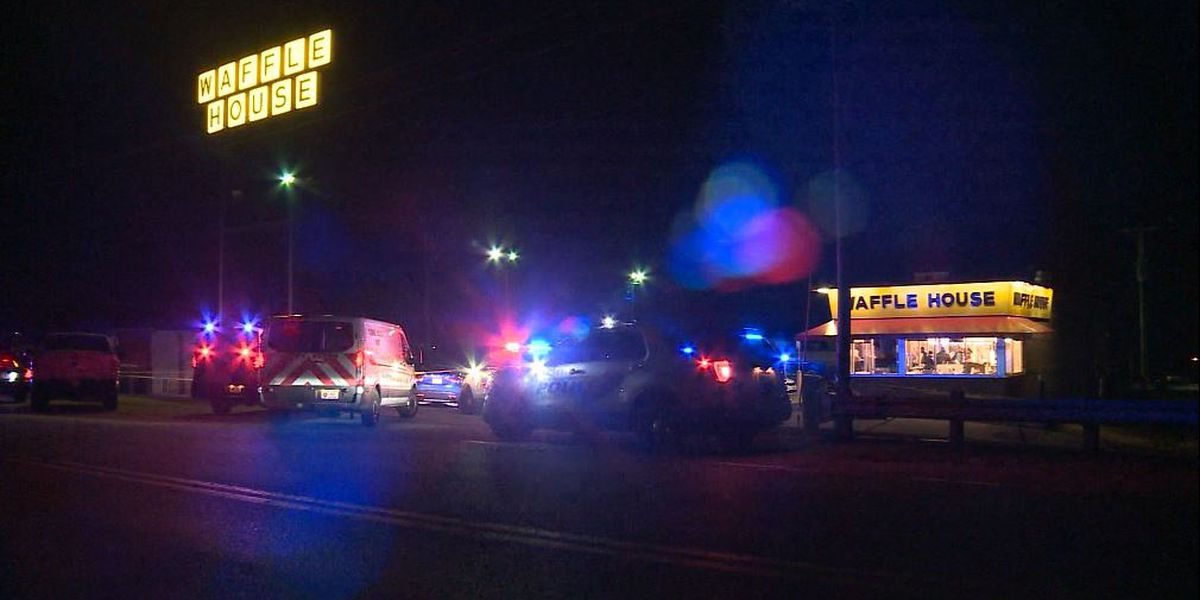 Man gunned down inside Missouri Waffle House