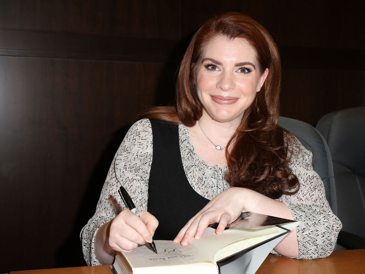Stephenie Meyer says more 'Twilight' books are planned