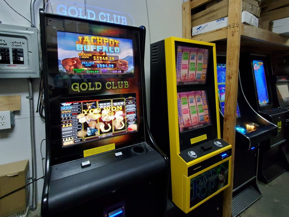 Gambling machines seized at Tallassee gas station; owner arrested