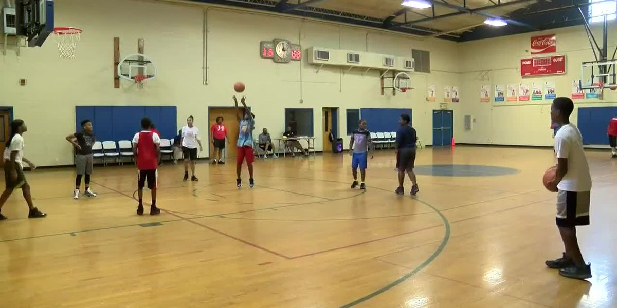 Area YMCA aims to block bullying through basketball
