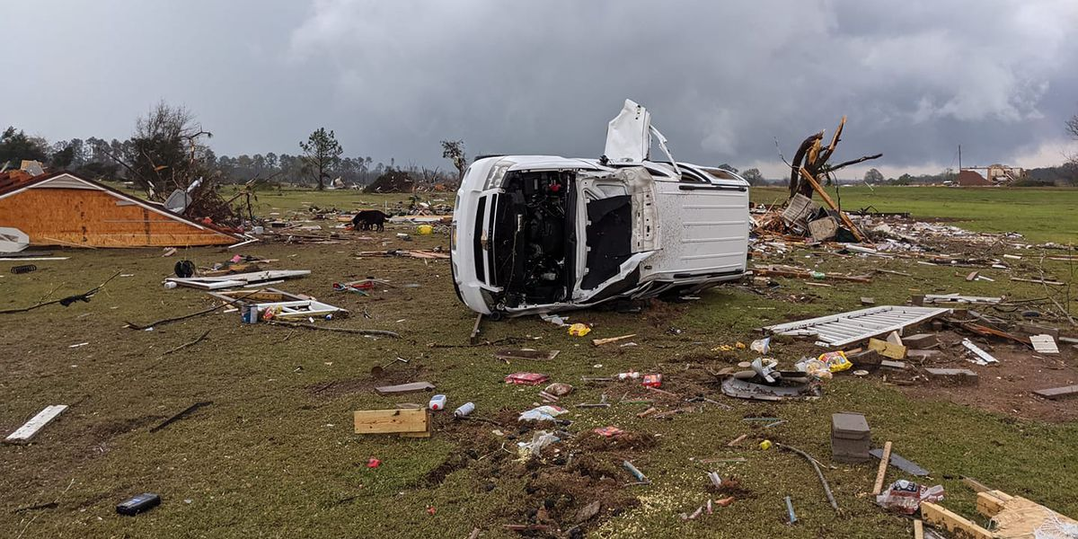 Homes destroyed in parts of Chilton Co.