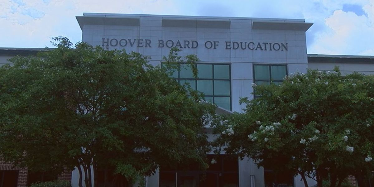 Hoover school leaders ban headphones and earbuds without principal permission